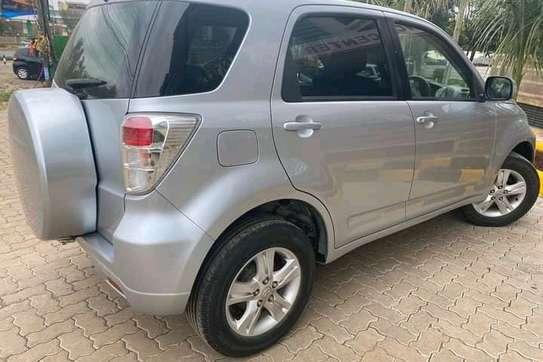 Toyota Rush image 3