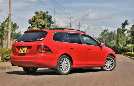 Volkswagen golf Variant  Year 2012 image 7