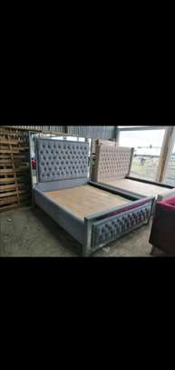 beds/mirrored bed/tufted bed/modern bed image 1