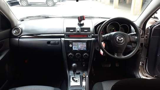Mazda Axela image 1