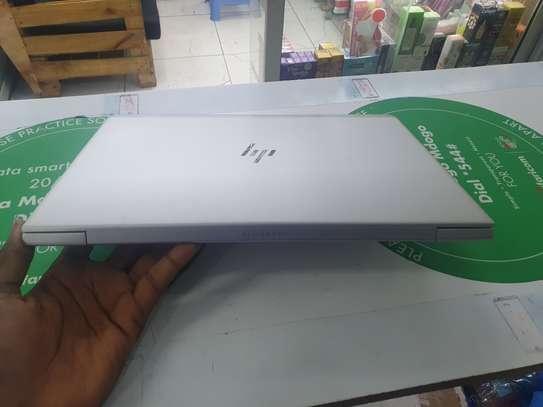 Hp elitebook 745 G6 image 9