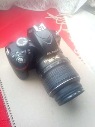 Nikon d3200 with 18-55mm lens image 6