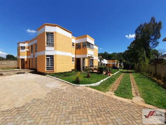 Runda - Flat & Apartment, House image 4