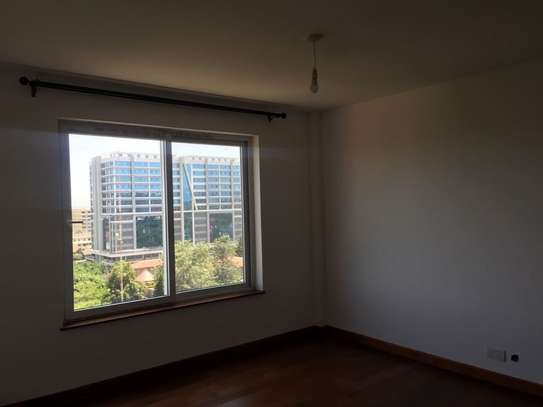4 bedroom apartment for rent in Kilimani image 12