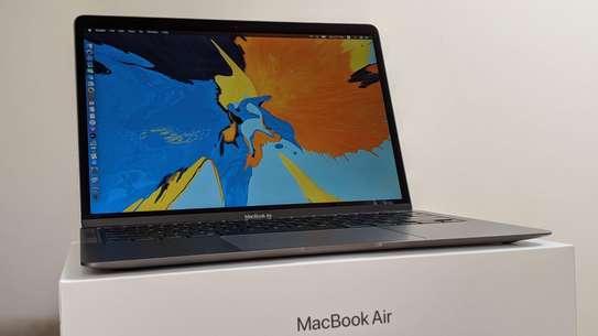 Apple MacBook Air 2020 (MVH22) image 2