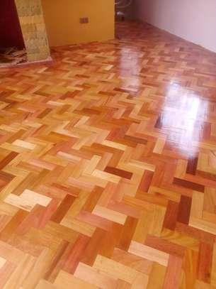 wooden floor image 1