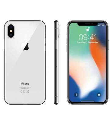 Apple iPhone X 64GB 3GB RAM 4G LTE image 2