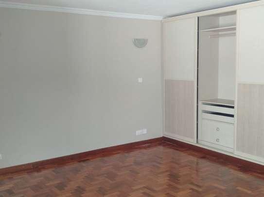 Riverside - Flat & Apartment image 17
