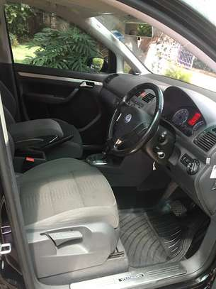 VW Golf Touran image 9