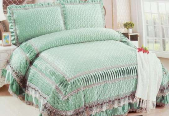 bed covers green