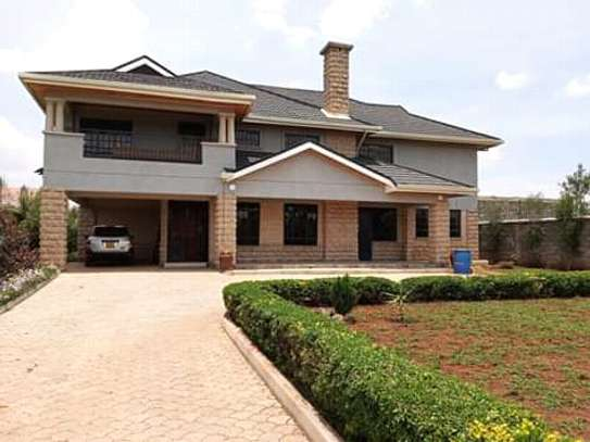 LAVISH LUXURIOUS 3 BEDROOM HOUSE TO LET IN SYOKIMAU OWN-COMPOUND WITH AN sq.
