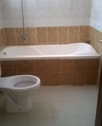 3 bedroom Apartment for rent in Nyali Cinemax. 1090 image 9