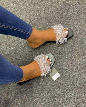 Ladies sandals image 3