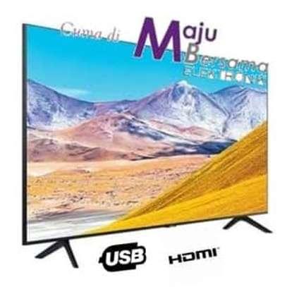 Samsung 55TU8000 4K UHD Smart Flat Series 8 Model - 2020 - Black image 2