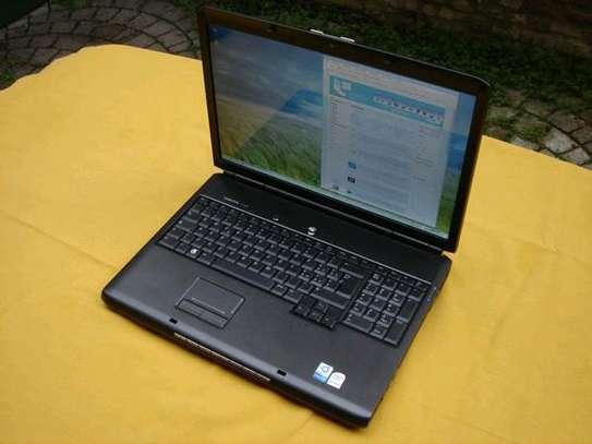 Dell VOSTRO 1700 image 3