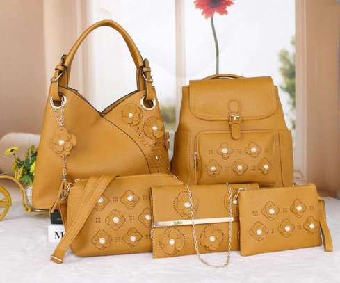 Amazing 5 in 1 Pure leather Handbags image 14