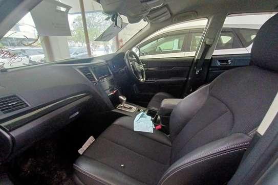 Subaru Legacy image 8