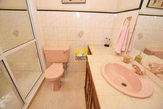 4 bedroom house for sale in Parklands image 10