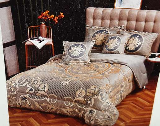 Quality Duvets Cotton ,Woolen, Velvet,Silk image 3