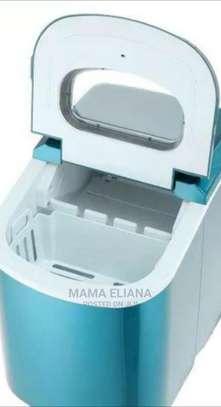 Highest Quality Icecubes Maker. image 1
