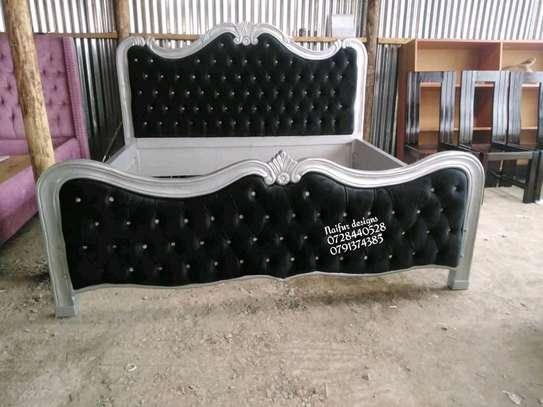 Executive bed/ Modern bed/tufted bed/6*6 kingsize black bed image 1
