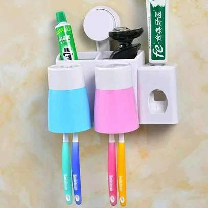 Small Toothpaste Dispenser