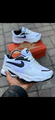 White Nike pro Air image 1