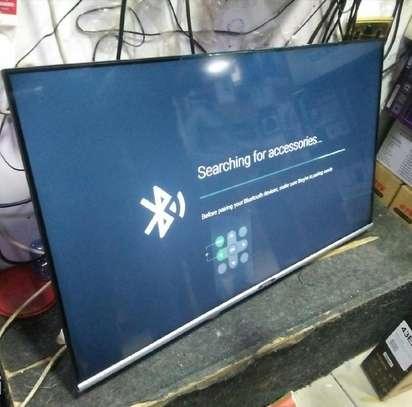 """Skyworth 43""""  LED Smart Android Frameless Full HD TV - Black image 1"""