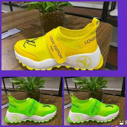 Ladies shoes image 5