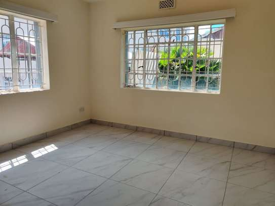 Parklands - Flat & Apartment image 1