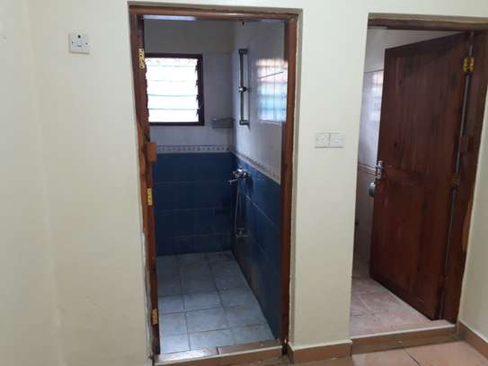 2 Bedroom HOUSE  FOR RENT image 8