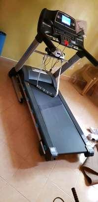 Treadmill Ishine 8L image 2
