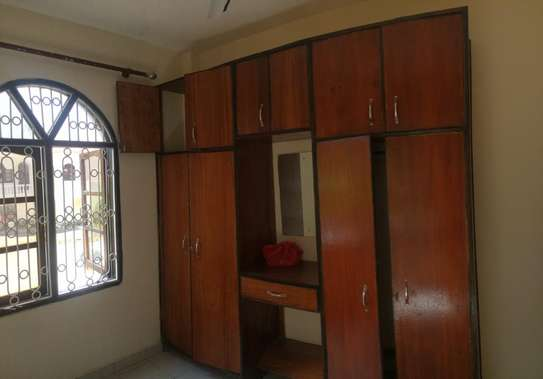 2br House for Rent in Nyali.HR11-NYALI image 3
