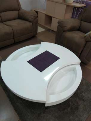 Rotating coffee table