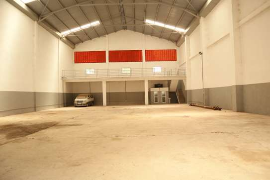 15000 ft² commercial property for rent in Mtwapa image 1