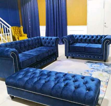 7 seater Chesterfield  sofa image 1