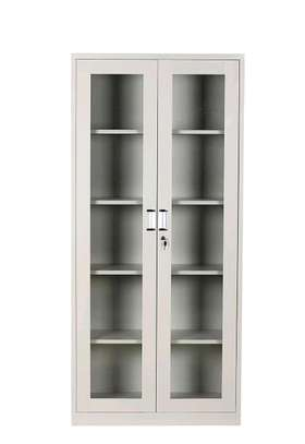 Filling cabinets