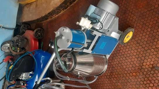 New Milking machines image 1