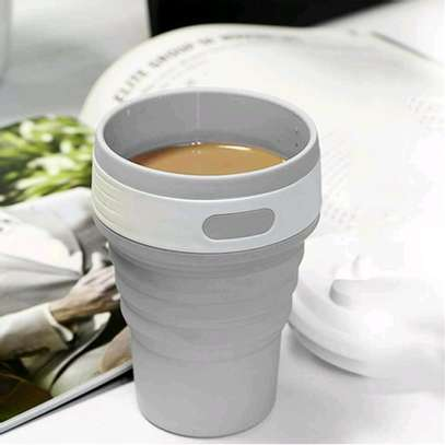 Collapsible & portable silicone cups. image 2