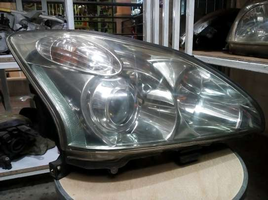Toyota harrier 240 headlights image 2