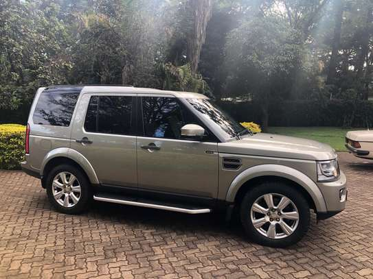 Landrover Discovery IV image 8