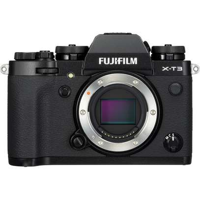 FUJIFILM X-T4 Mirrorless Digital Camera with 16-80mm Lens image 1