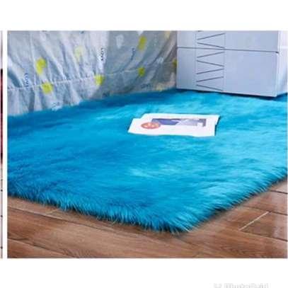 SOFT FLUFFY BEDSIDE MAT image 2