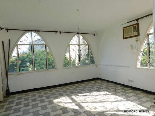 6 bedroom house for rent in Nyali Area image 12