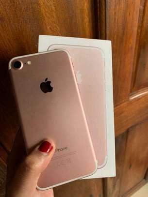 Apple Iphone 7 Gold ♧ 256 Gigabytes image 1