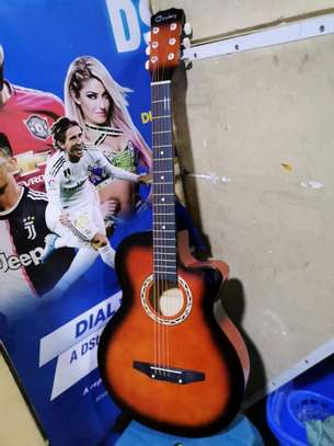 acoustic guitar image 2