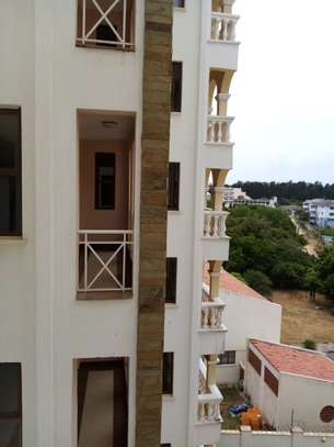 2 BEDROOM APARTMENT FOR SALE in nyali image 3