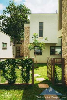 5 bedroom townhouse for rent in Karen image 9