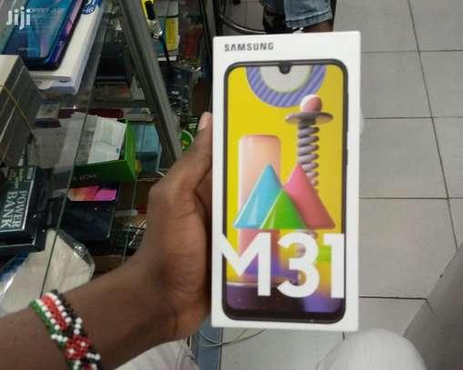 Samsung Galaxy M31, 128 GB 6 GB Smarthone image 1
