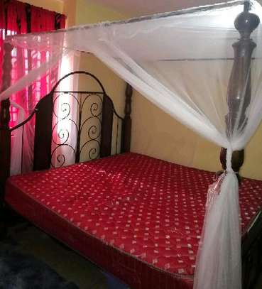 6*6 bed and mattress image 1